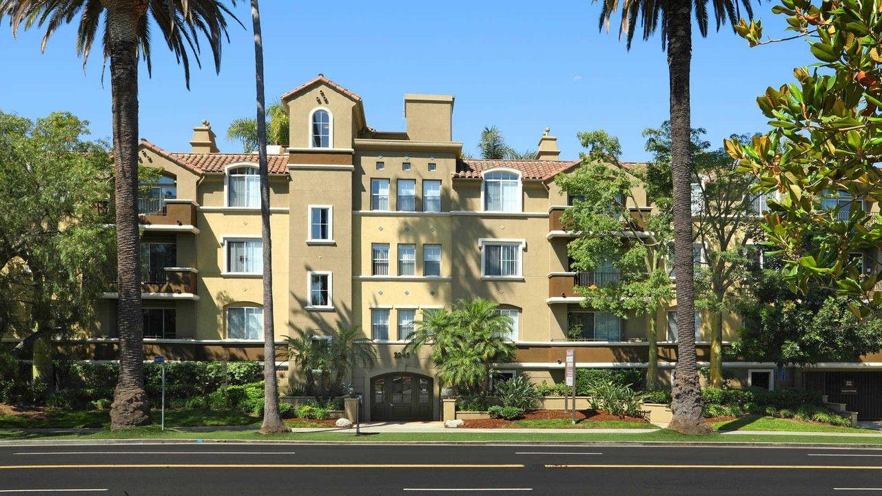 Westside Villas at 2245 S Beverly Glen Blvd has 4