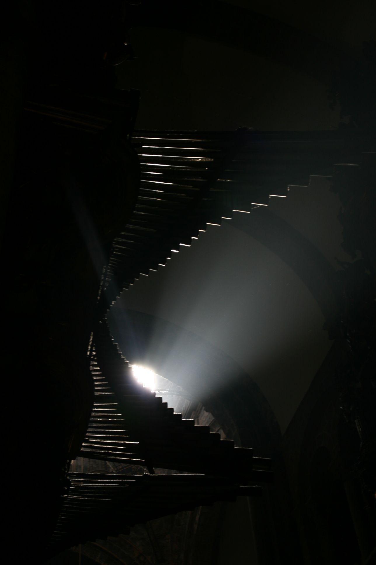 Los tubos del órgano de la Catedral de Santiago de Compostela. Organ pipes at Santiago de Compostela.