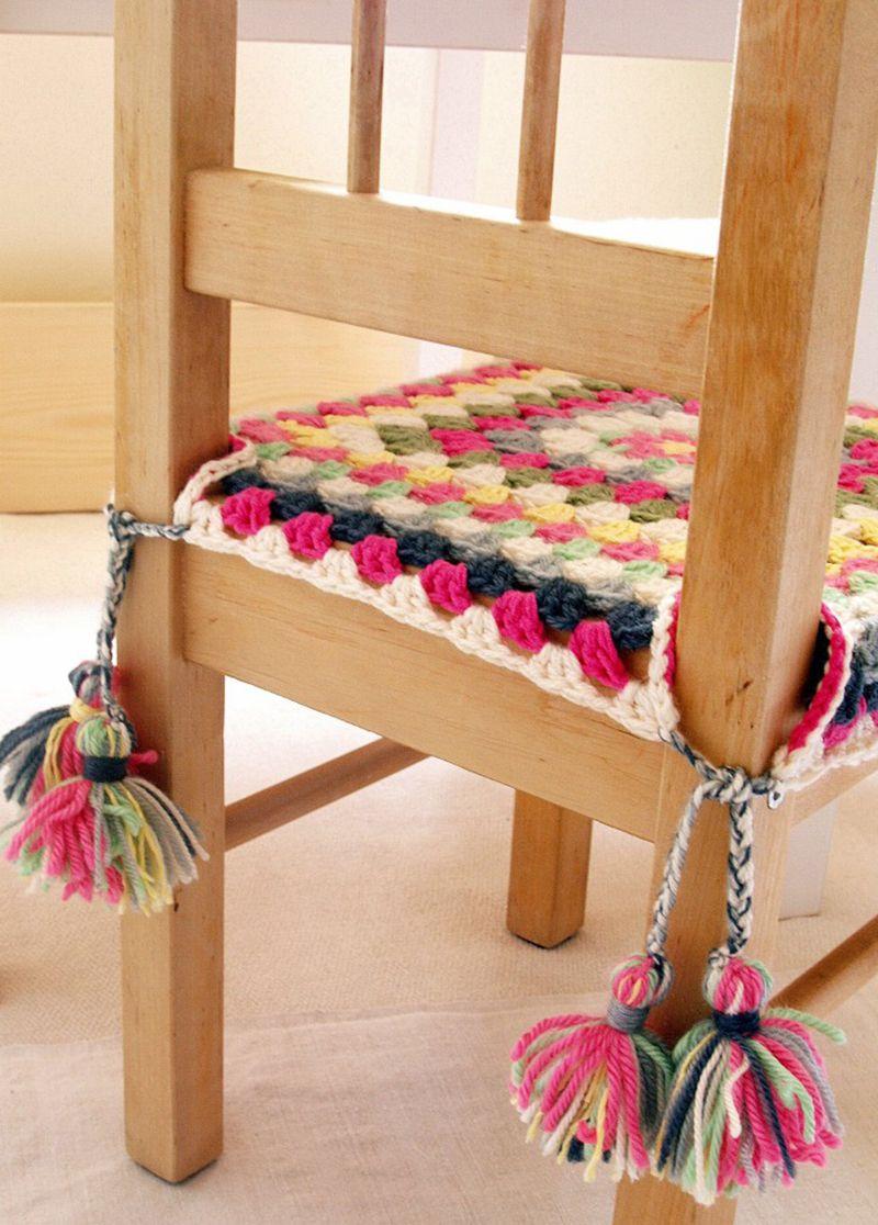 Comment utiliser les carrés de mamie au crochet – Housses de chaise carrées au crochet, mamie gratuite …   – Inspiration