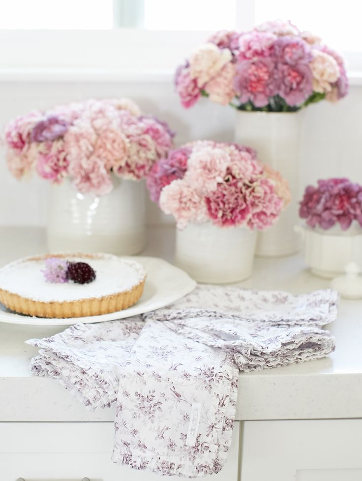 Pink flowers and pretty bird napkins shabby chic projects you can shabby chic projects you can do yourself diy shabby chic project ideas wwwmaritimevintage shabbychi pinterest solutioingenieria Image collections