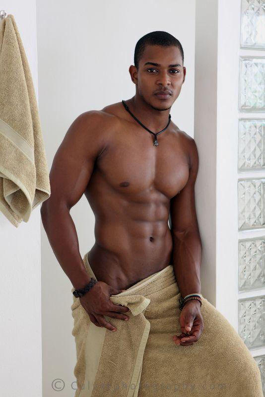 gorgeous-nude-black-men