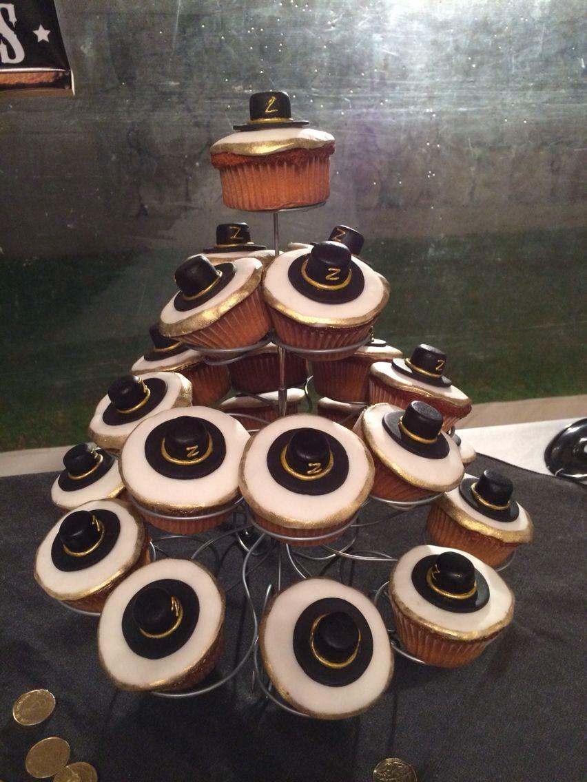 El Zorro Cupcakes!! | zorro | Pinterest | Torten