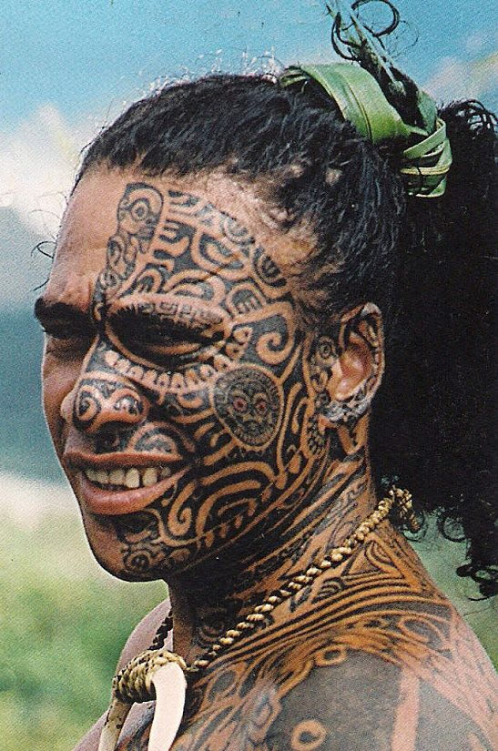 Body Art World Tattoos Maori Tattoo Art And Traditional: He Tattooed Half His Face And Body To
