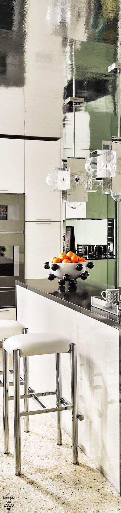 Best Martyn Lawrence Bullard S Palm Springs Home Kitchen 640 x 480