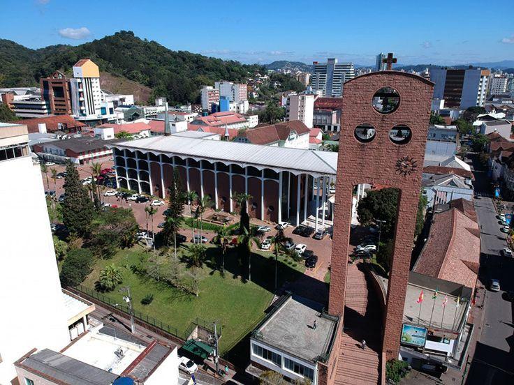 regiao central e igreja matriz blumenau foto prefeitura de blumenau rkmotors