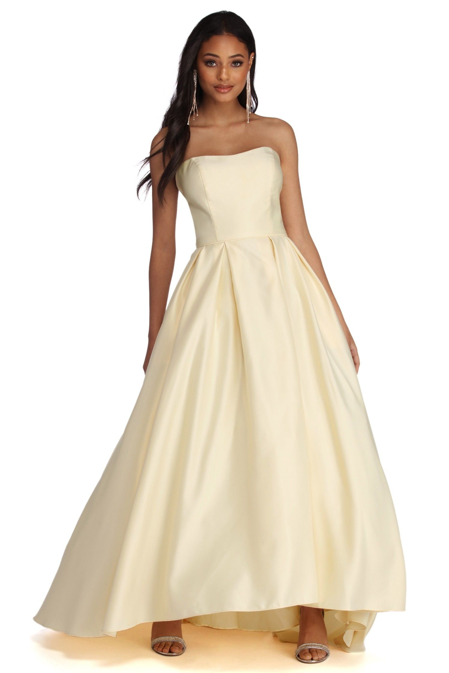 db63bbcb160a Dahlia Sweetheart Satin Ball Gown   Prom 2020   Ball gowns, Dresses ...