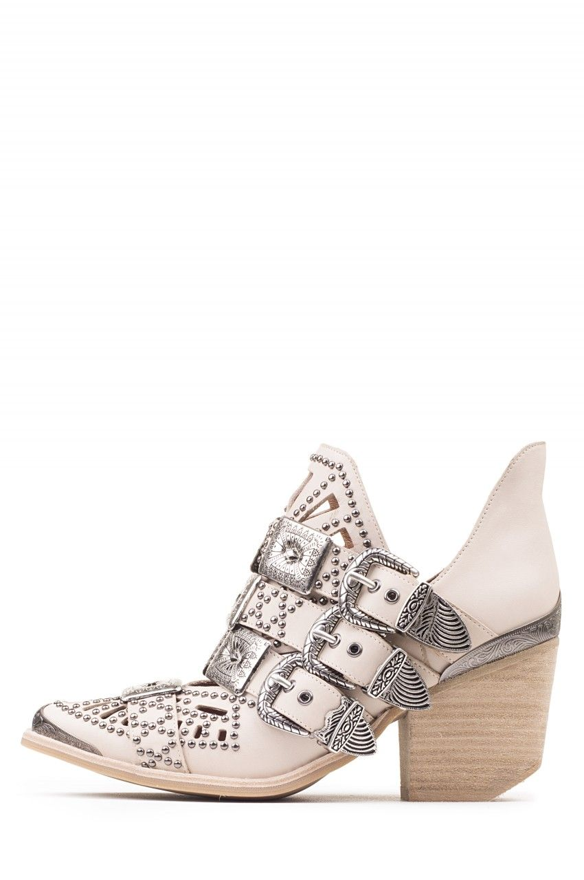 a924db4ab04 Jeffrey Campbell Shoes WYCLIFF-2 STUD MUFFIN in Beige Silver ...