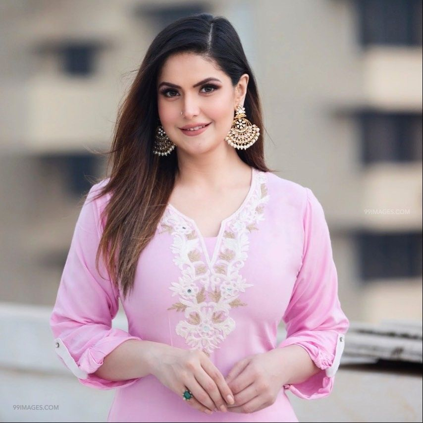 Zarine Khan Hot Hd Photos Wallpapers For Mobile 1080p Zarine