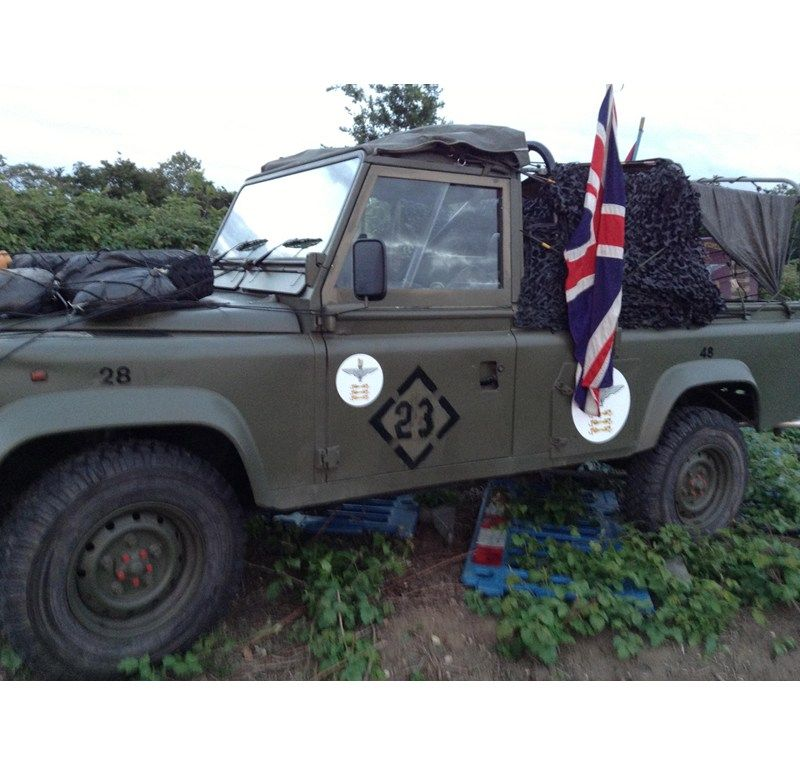 Military Land Rover Discovery 1995: 1995 LAND ROVER DEFENDER 110 For Sale