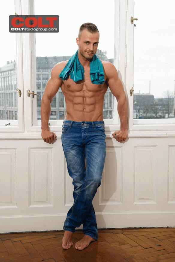 Jamie Blyton (Florian Nemec)