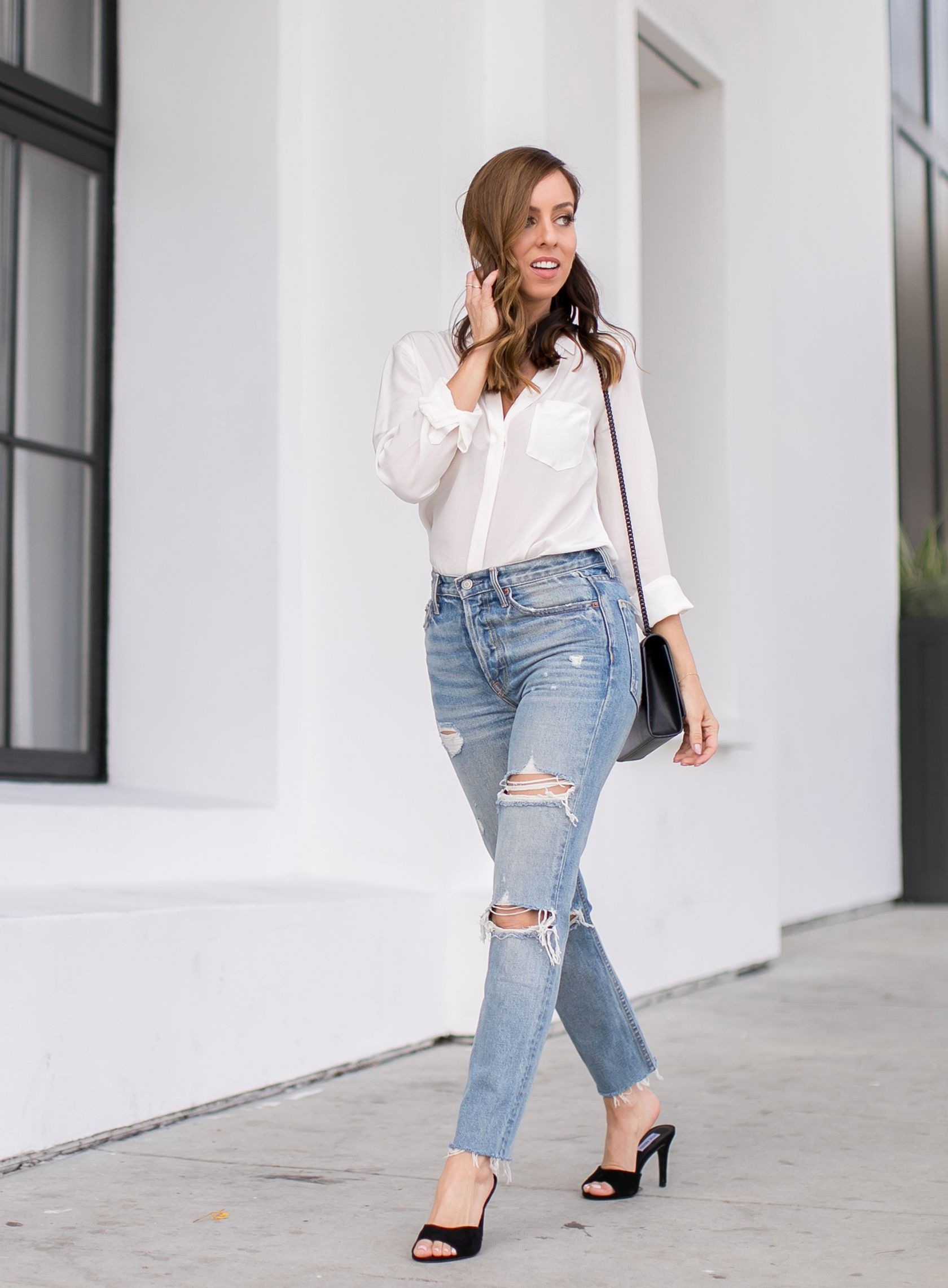 881f4202258a Sydne Style shows classic casual outfit ideas in j. crew white button down  shirt #jeans #casualstyle #classicstyle #classic #buttondown @sydnesummer