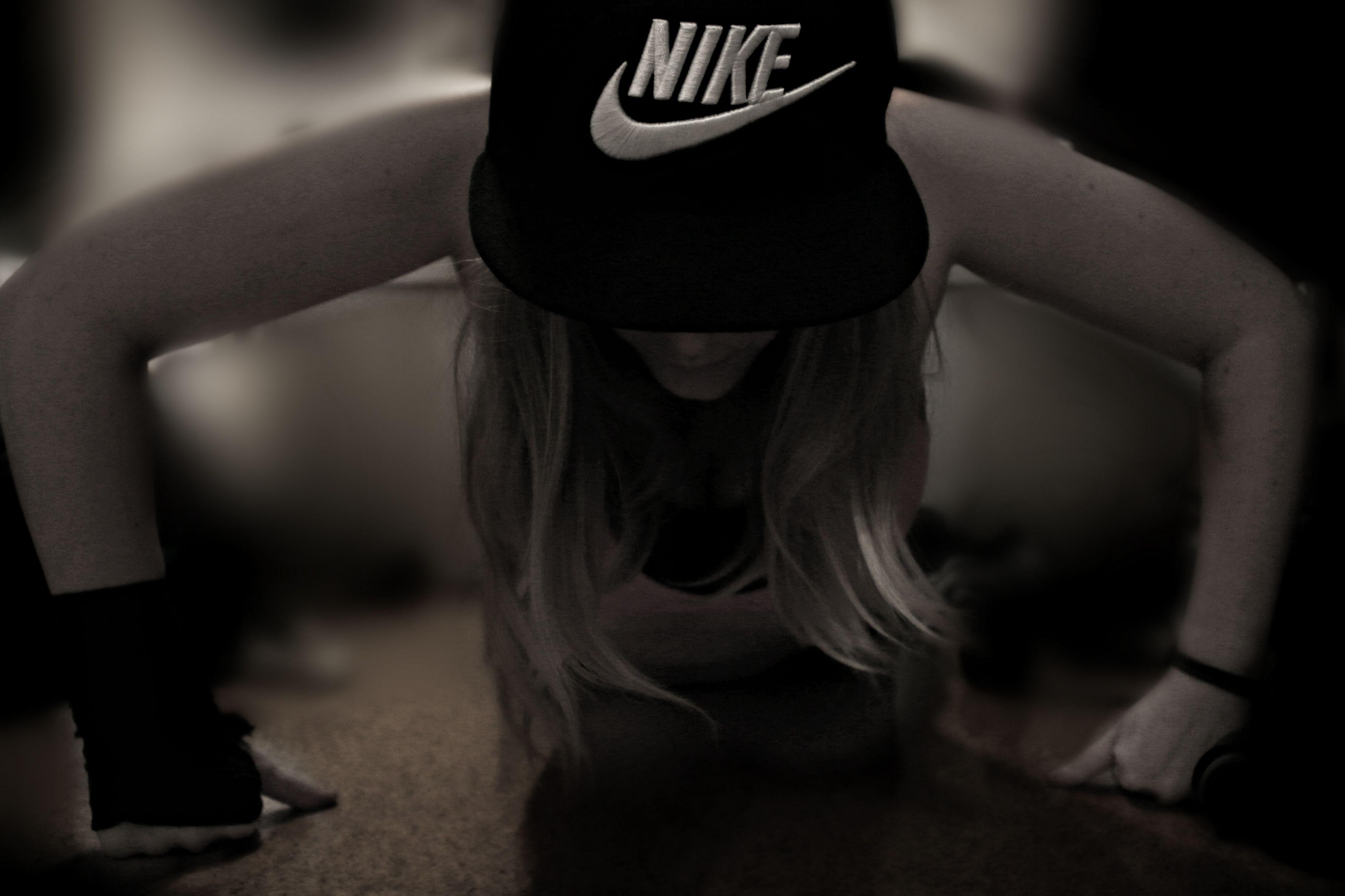 nike cap girl