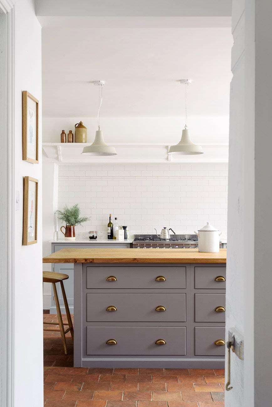 Modern Farmhouse Kitchen Tile Floor