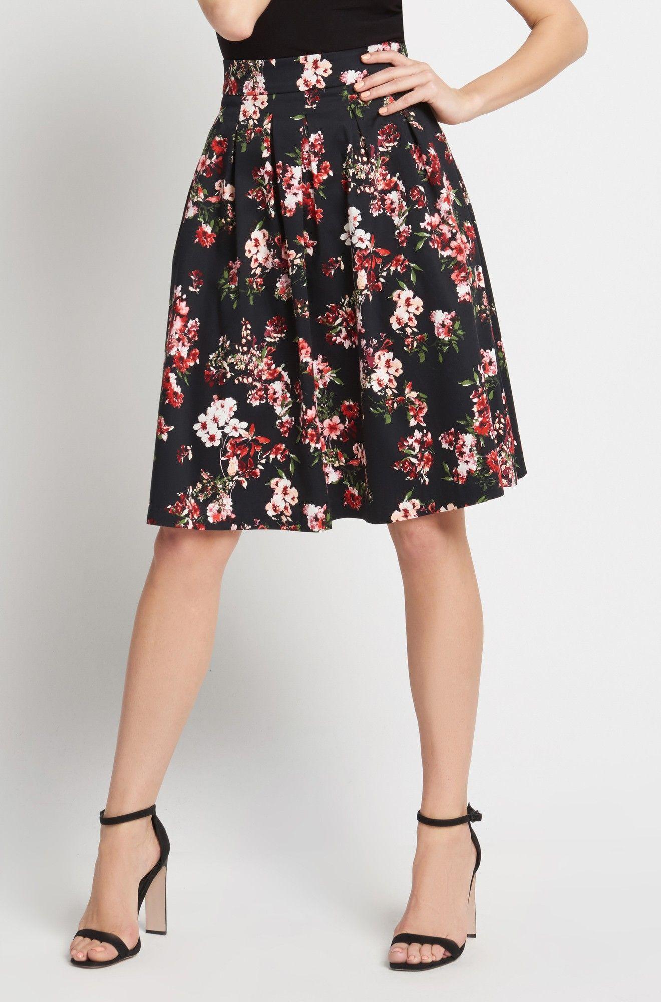 Glockenrock mit Blumen-Muster | Fashion | Pinterest | Glockenrock ...