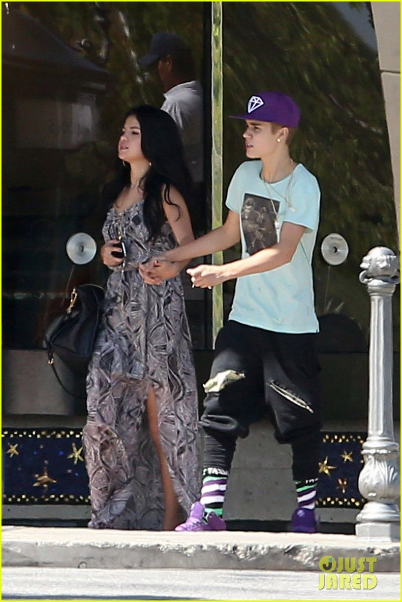 Justin bieber and selena gomez dating now