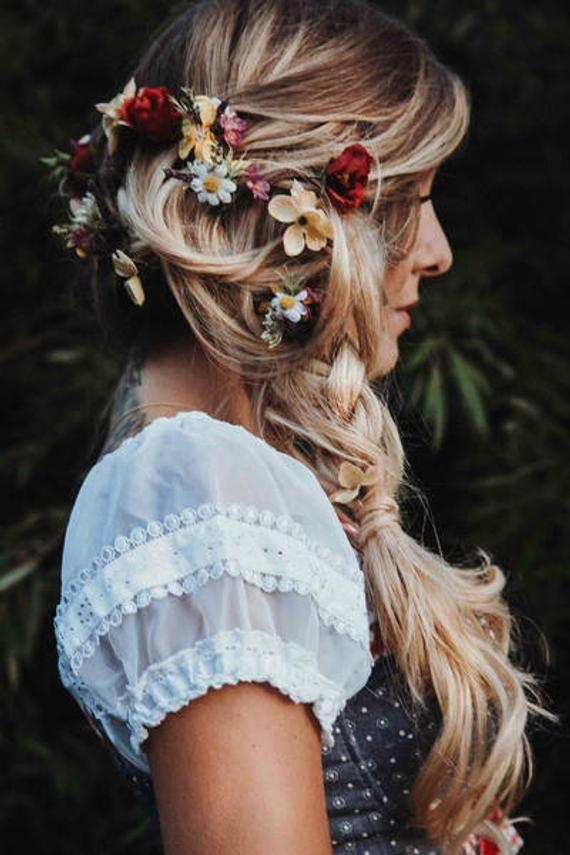 hair blossom dirndl hair jewellery | tracht frisur