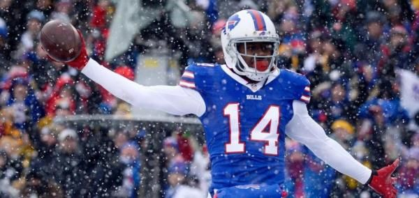Wide receiver Sammy Watkins has a club option for 2018, but the Buffalo Bills could let him hit the open market.