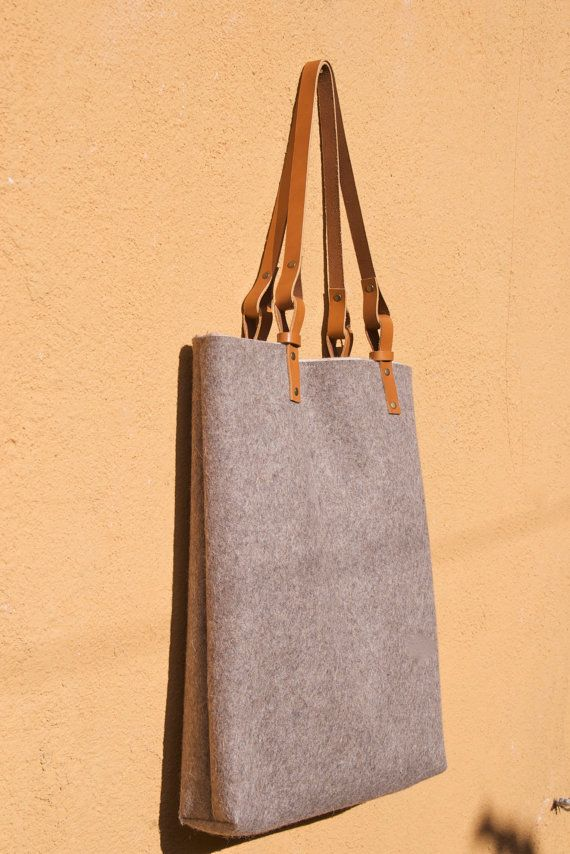15% OFF! Wool felt tote bag with leather straps  7ff4f717418c2