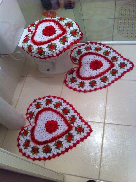 jogo de banheiro coraçao em croche | tapetes | Pinterest | Geschenk