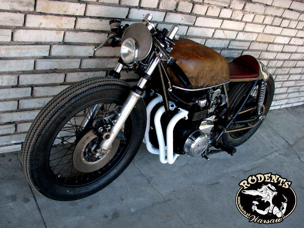 a rat-cafe-racer? sounds weird, but the poland-based rafal rodents