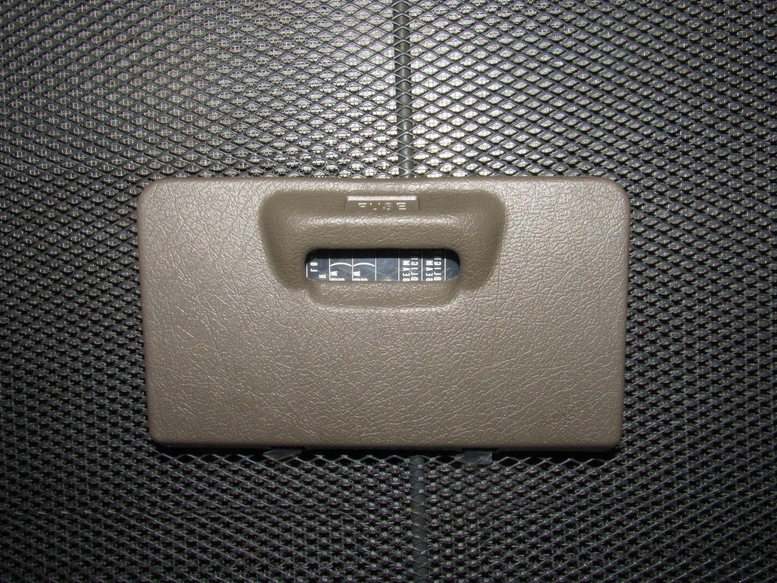 94 01 acura integra oem interior fuse box cover [ 1600 x 1200 Pixel ]