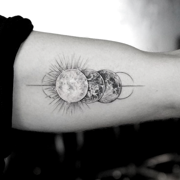 schönes geometrisches Tattoo – • M R.k_tattoo • #tattoo #tatstherapy #Tattoos #Tattoosquotes - Best Tattoos -