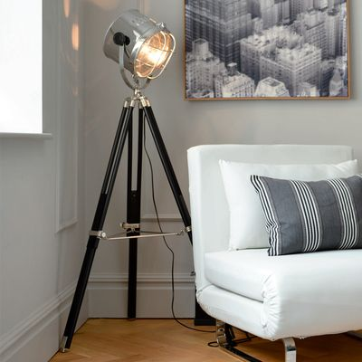 Tripod spotlight giant floor lamp