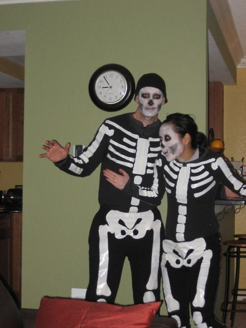 I Love This Idea Duct Tape Skeleton Costumes Easy And Convincing Epic Halloween Costumes Dyi Halloween Costumes Halloween Costumes For Girls