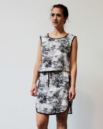 81d1205bbe5be0 NUMPH dress black white zwart wit palmbomen kleedje   Paleis ...