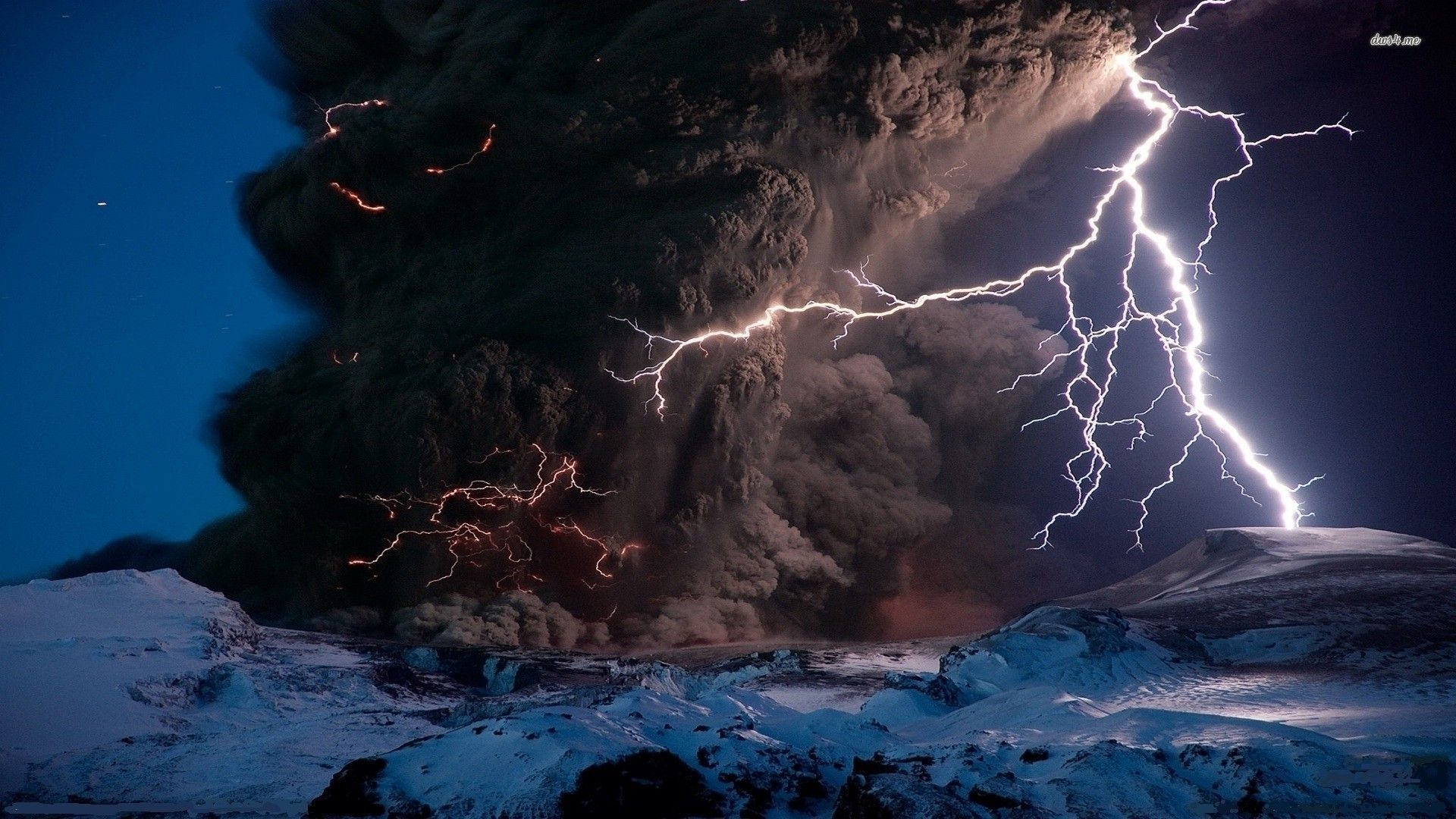apocalyptic storm over the volcano nature hd desktop wallpaper lightning wallpaper volcano wallpaper nature no