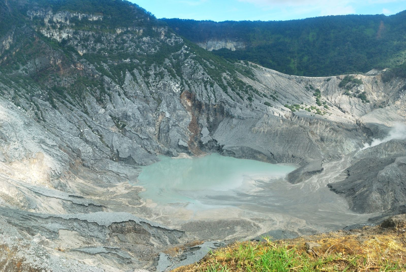 7 Reasons Why Bandung Is Perfect For Your Next Nature