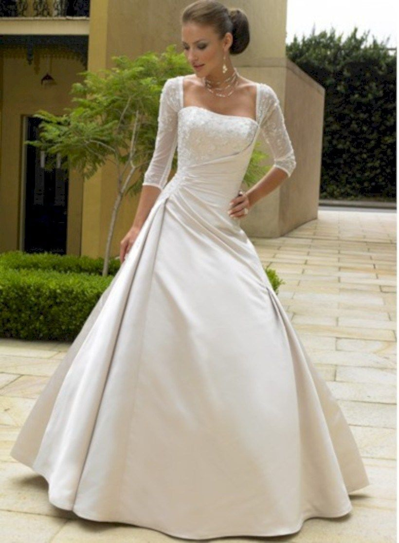 Elegant winter wedding dress ideas with sleeves in what