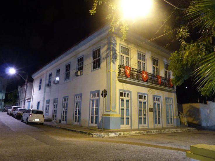 Biblioteca Pública Municipal Professora Albertina Ramos de Araújo em São José SC - RK Motors