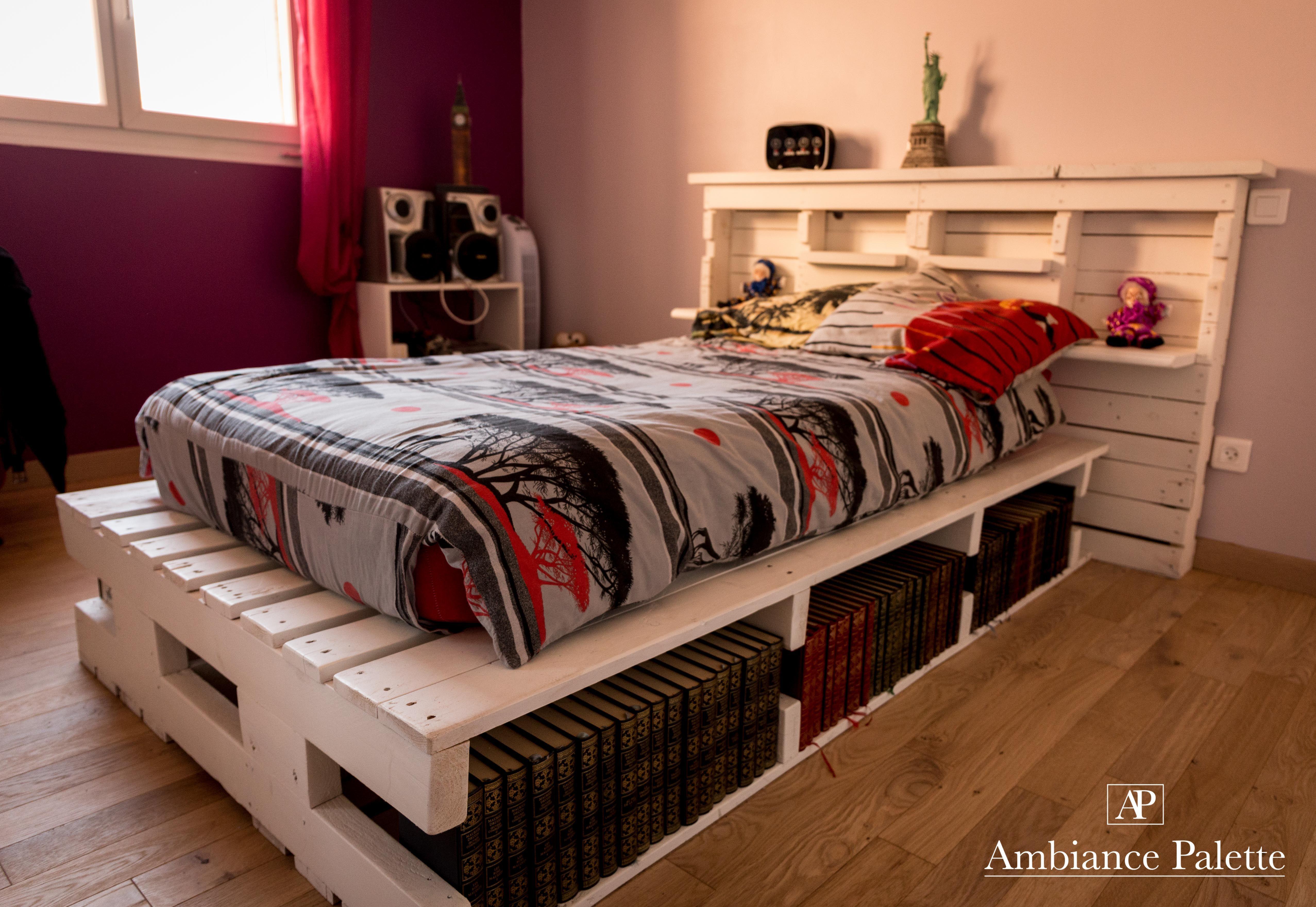Lit simple et tête de lit en bois de palette Lit palette