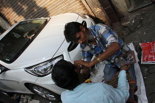 The Barbers At Banganga Pitru Paksh  15 October 2012