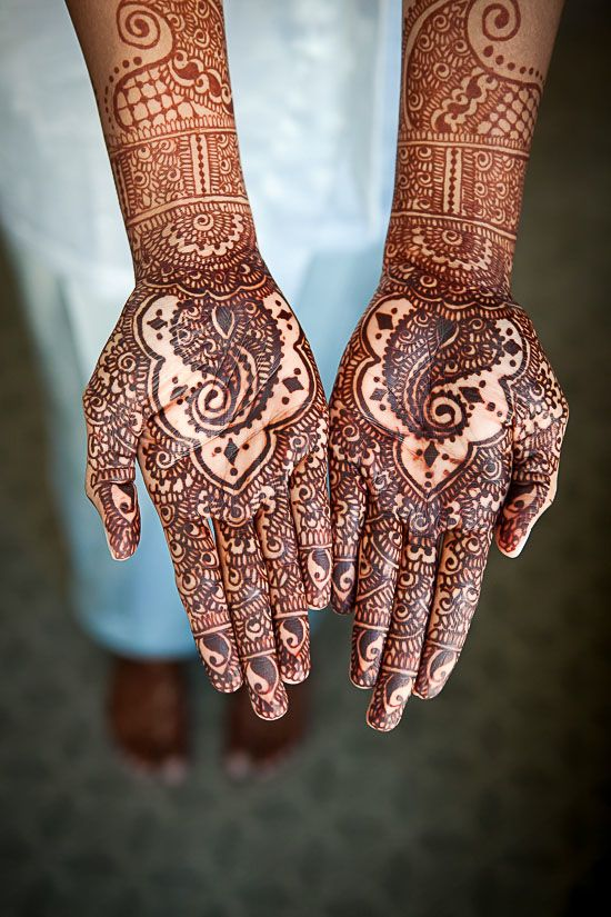 Indian Henna Tattoo Designs: Beautiful #mendhi Love Paisley ArrowoodPhotography-Archana