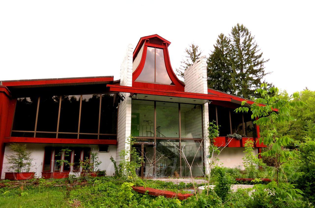 Poconos Penn Hills Resort Abandoned