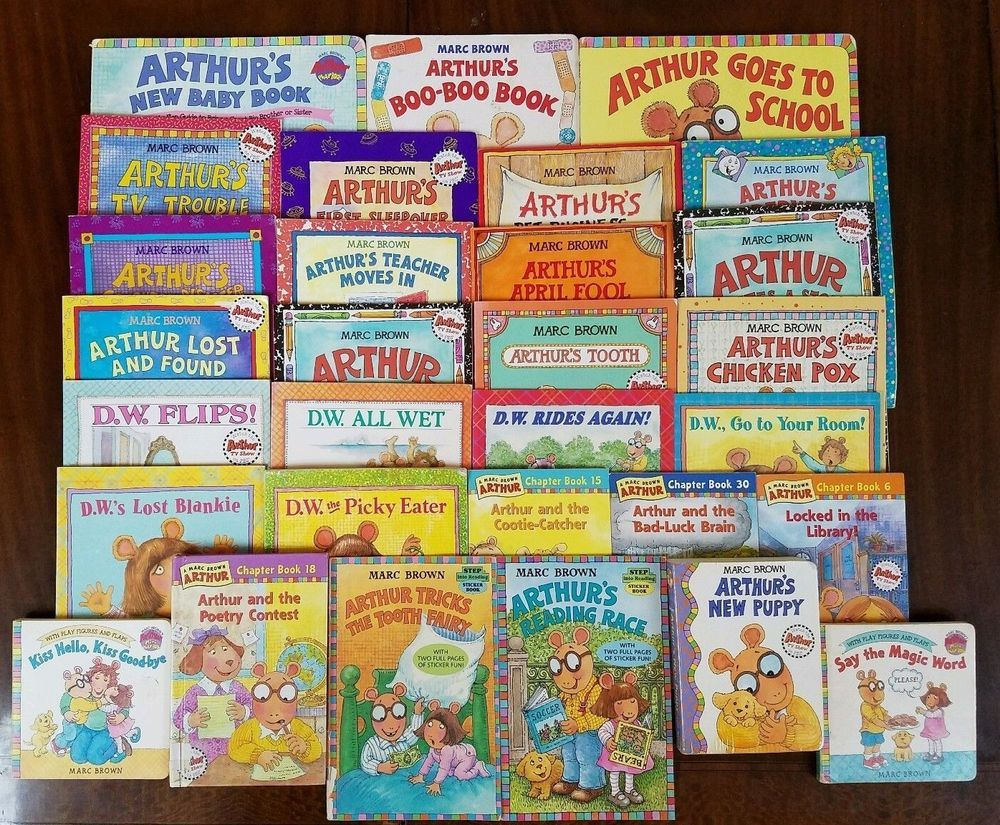 Lot Of 30 ARTHUR Books By Marc Brown Aardvark DW The Picky Eater Set