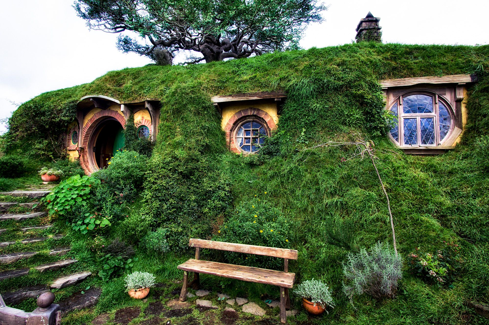 hobbit home hobbit s view a hobbit house and the release of the hobbit the home sweet. Black Bedroom Furniture Sets. Home Design Ideas