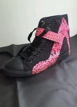 Court Shoes · A vendre sur  vintedfrance ! http   www.vinted.fr  25610e37667