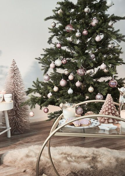christmas romance weihnachtsdeko in zartem ros. Black Bedroom Furniture Sets. Home Design Ideas