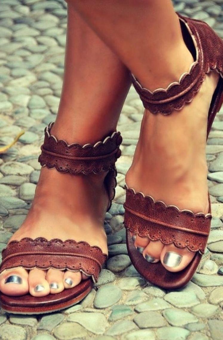 a608c2e5a648 Très jolie sandale d été marron   Chaussures par aditaya-jewelrys ...