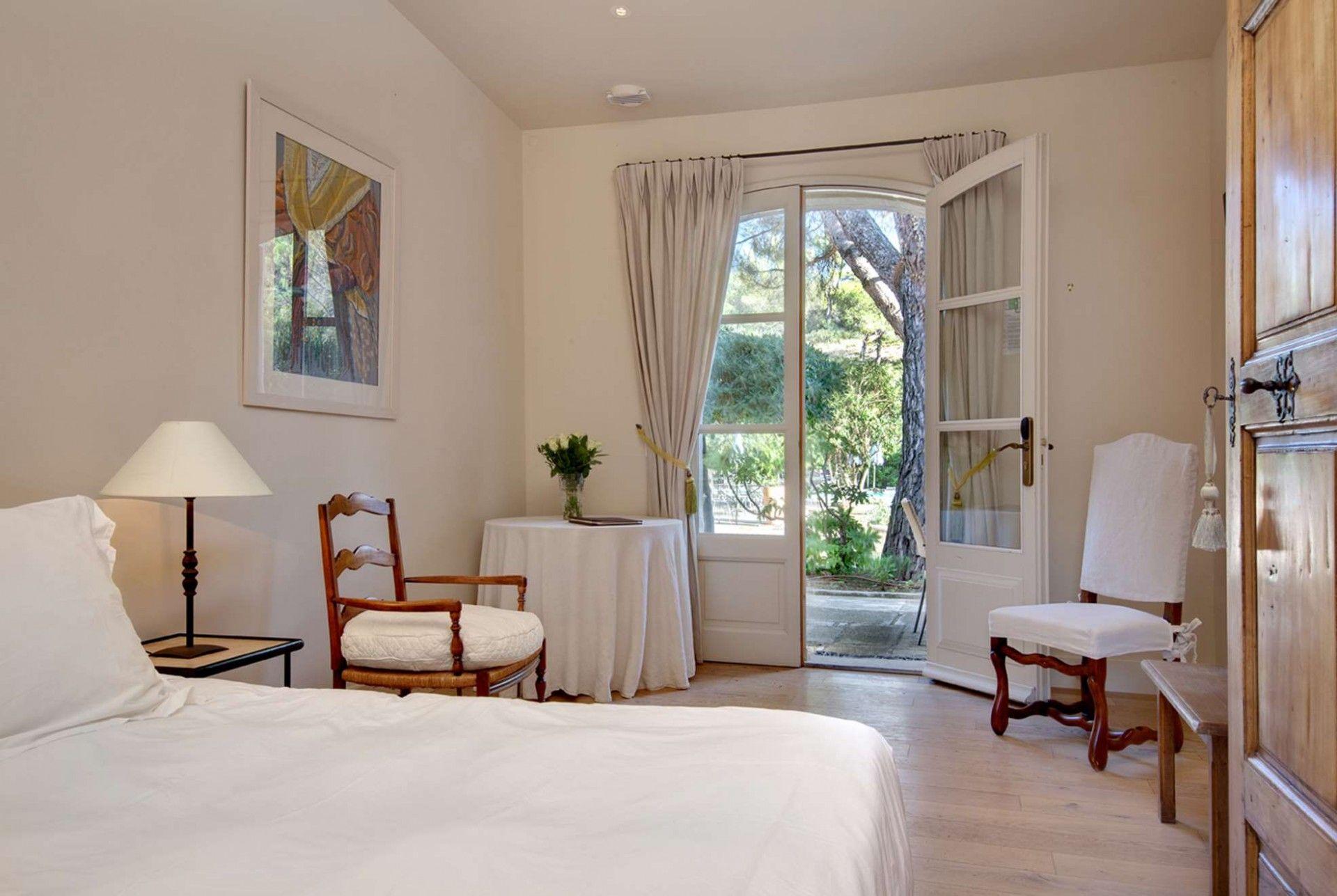 】 Фотогалерея | Benvengudo Hotel 4 étoiles Ле Бо-де-Прованс