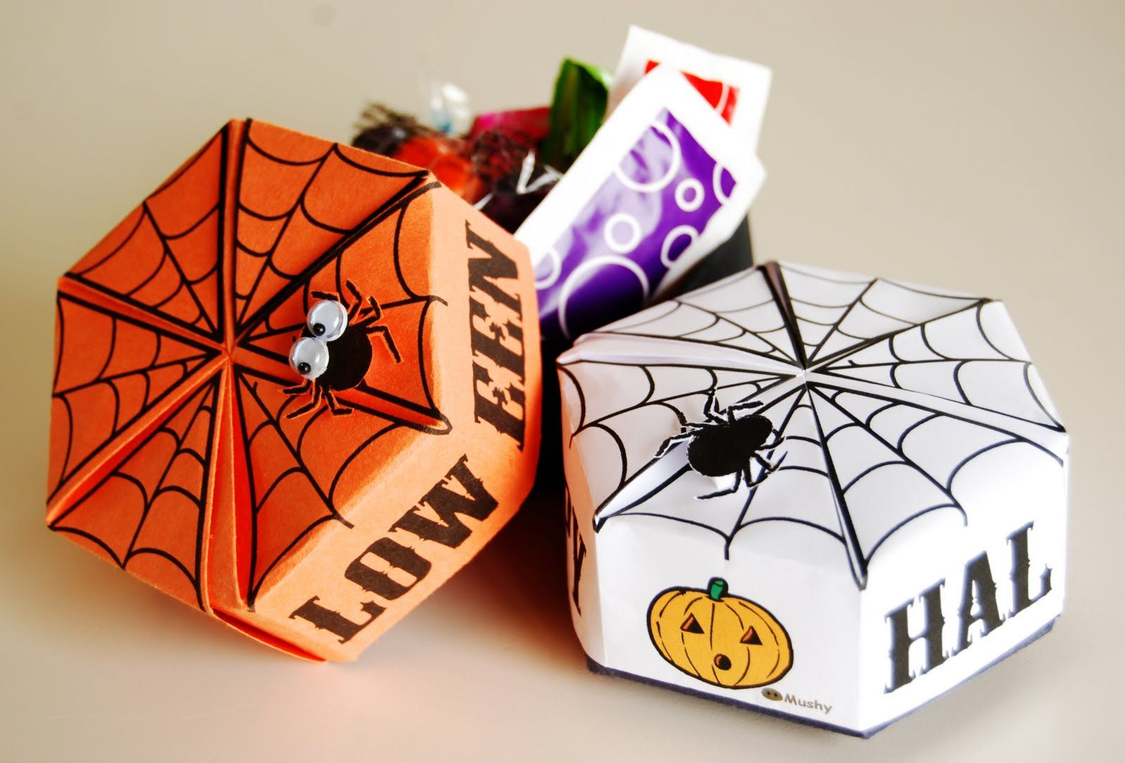Free printable halloween origami box share your craft free printable halloween origami box jeuxipadfo Gallery