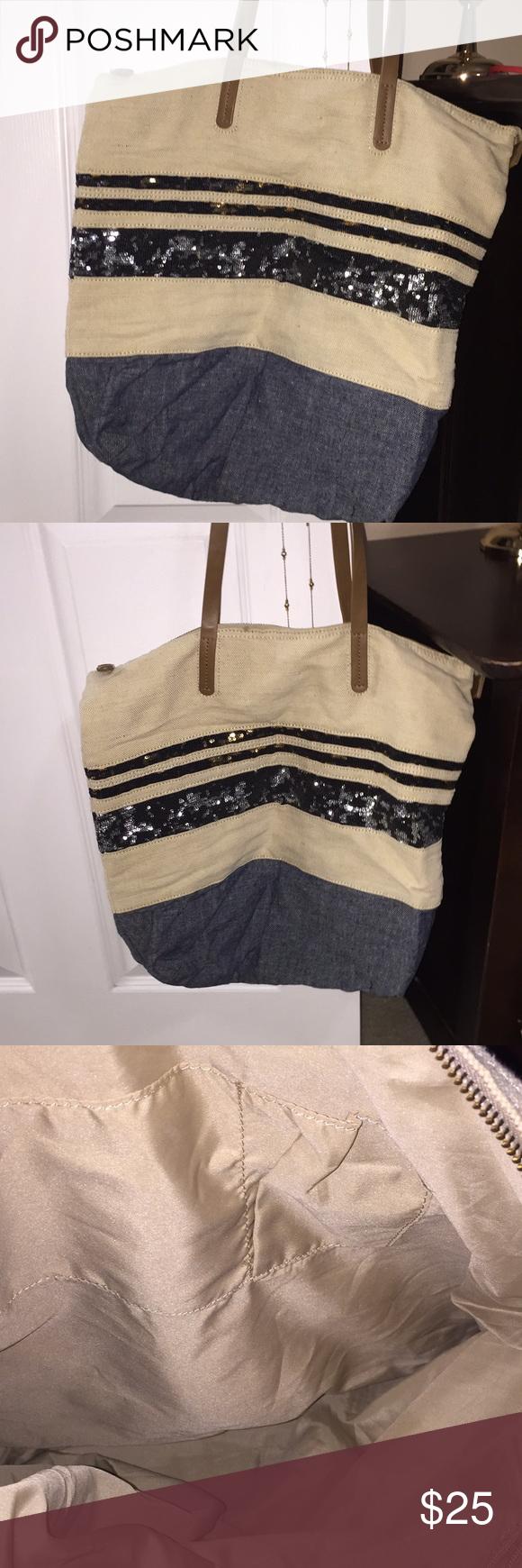 36c4e8ffb8 Gap canvas shoulder bag Gap canvas bag with sequence GAP Bags Shoulder Bags