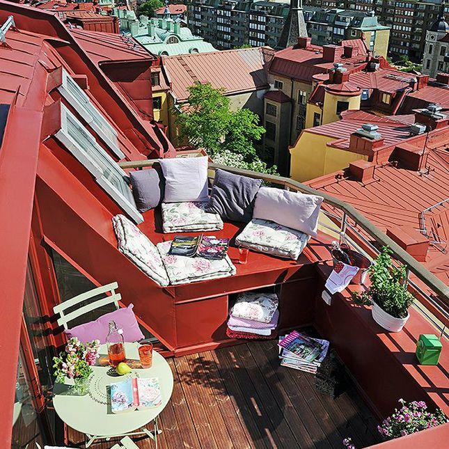 Vida en lo más alto. Así son los atardeceres desde una terraza en la azotea: muy cerca del cielo > http://bit.ly/1Malm42