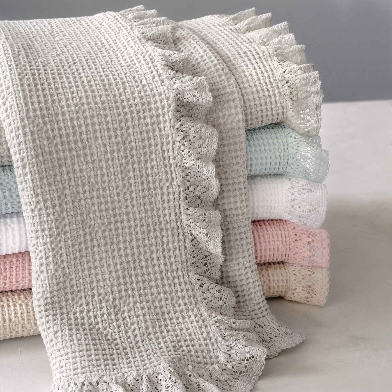 Pine Cone Hill Wruffle Matelasse Throw Blanket