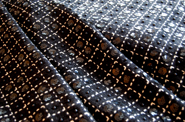 100% wol Chanel stof met pailletten en kralen