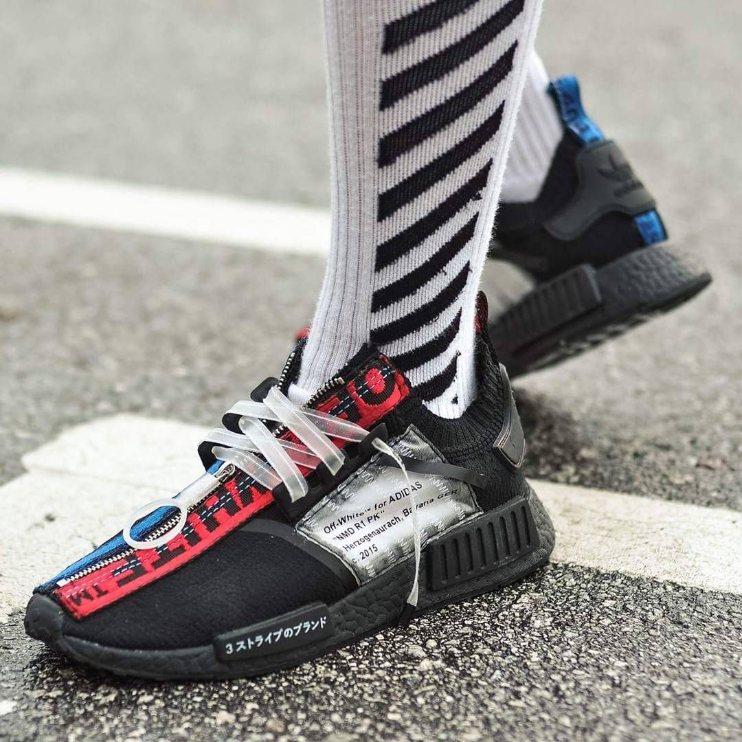 1 057 Likes 39 Comments Edmondlooi On Instagram Completed The 10th Pair Of My Sneaker Customization Project Customiz Sneakers Diy Sneakers Best Sneakers