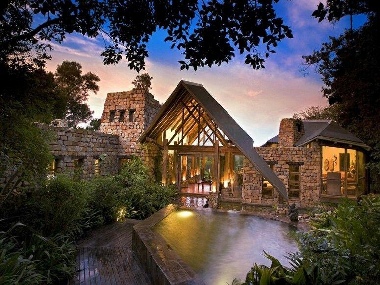 Incredible Tree House Hotels. Tsala Tree Top Lodge, South